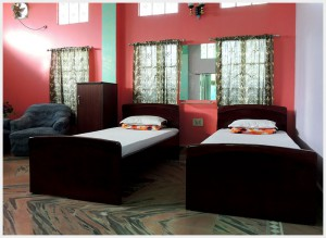 hotel-paying-guest-jalpaiguri-room-18