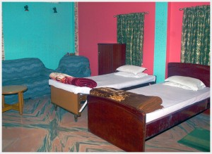 hotel-paying-guest-jalpaiguri-room-4